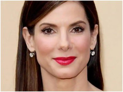 811440592d698 A hemorrhoid cream is one product that Hollywood celebs swear by because of  its ability to de-puff the under-eye area. Sandra Bullock has shared that  ...