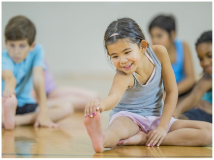 four life lessons that your kids can learn through yoga